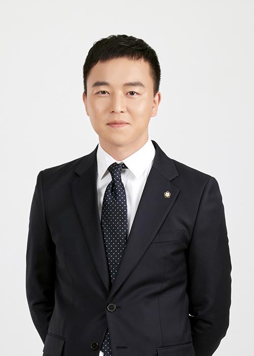 신희창 변호사